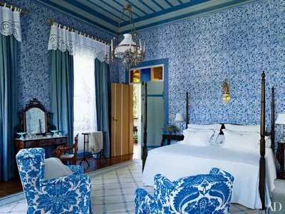 Fall Ceiling Wallpaper 30 Rooms That Showcase Blue And White Decor