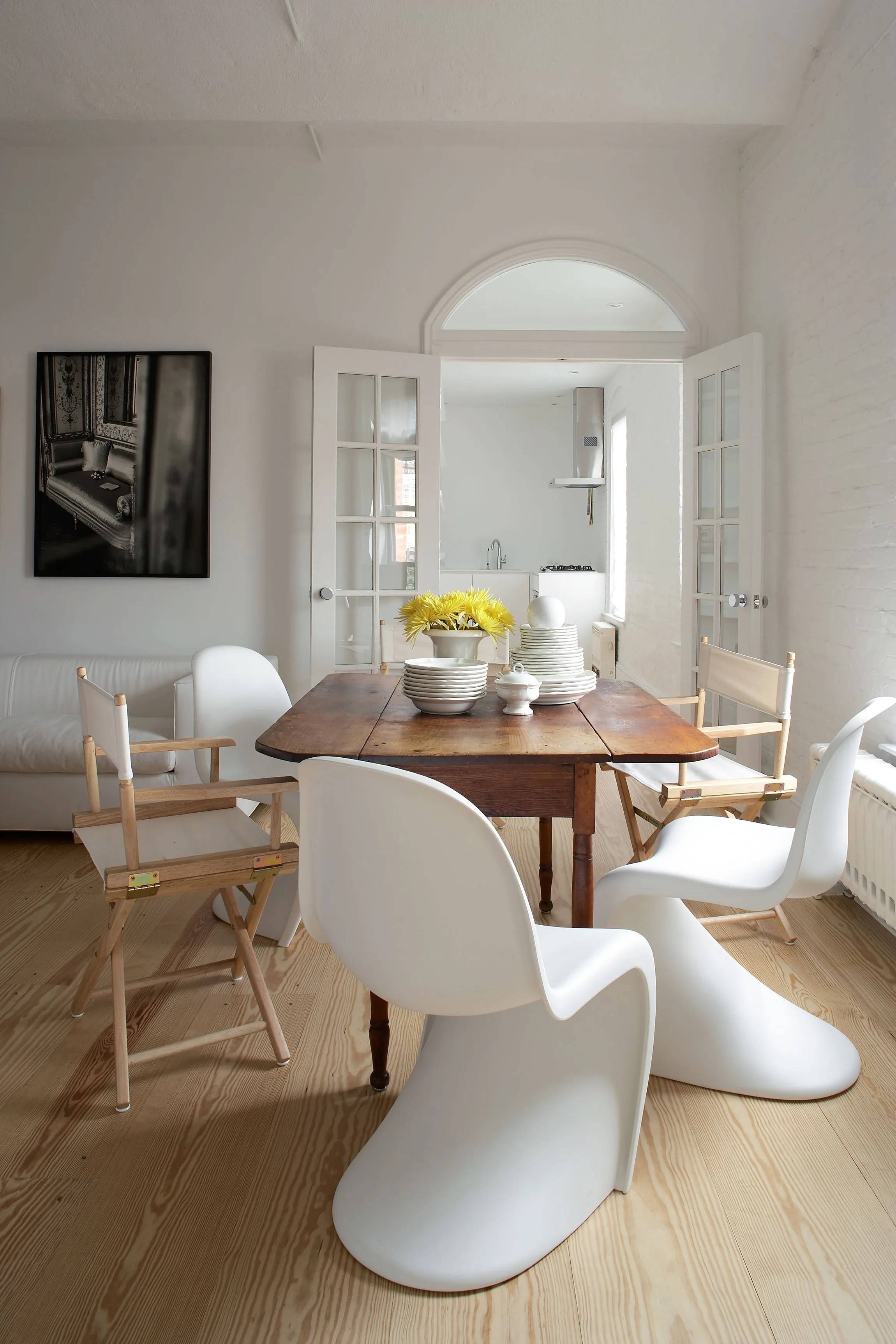 How to Mix and Match Your Dining Table and Chairs Photos  Architectural Digest