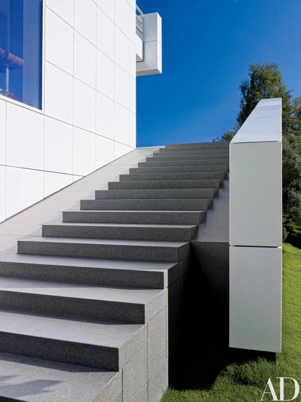 Richard Meier Design Minimalist Home In Luxembourg