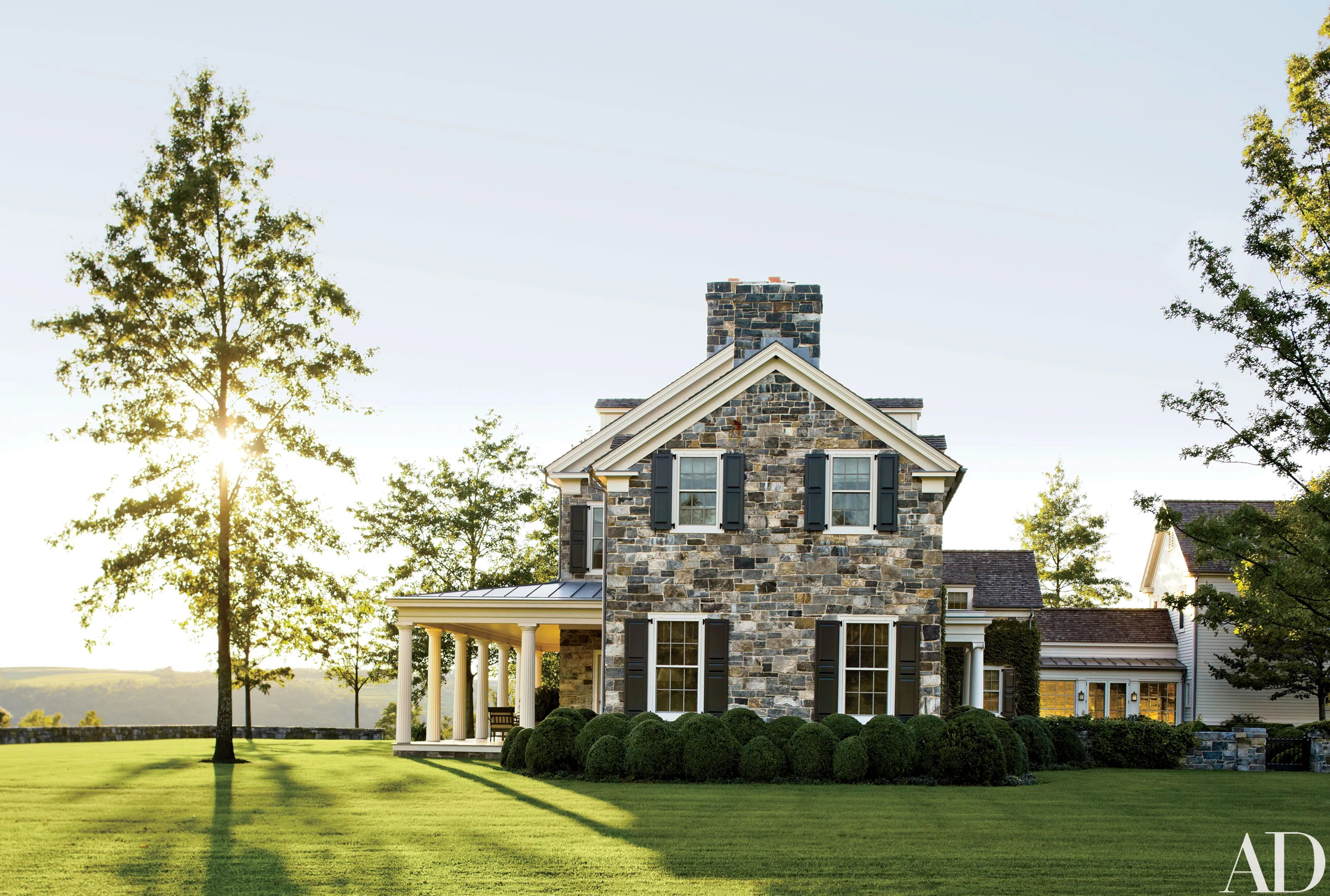 A Picturesque New York Farmhouse Embodies Historical