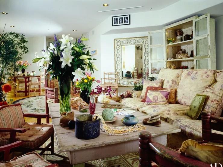 Stuffed Chairs Living Room