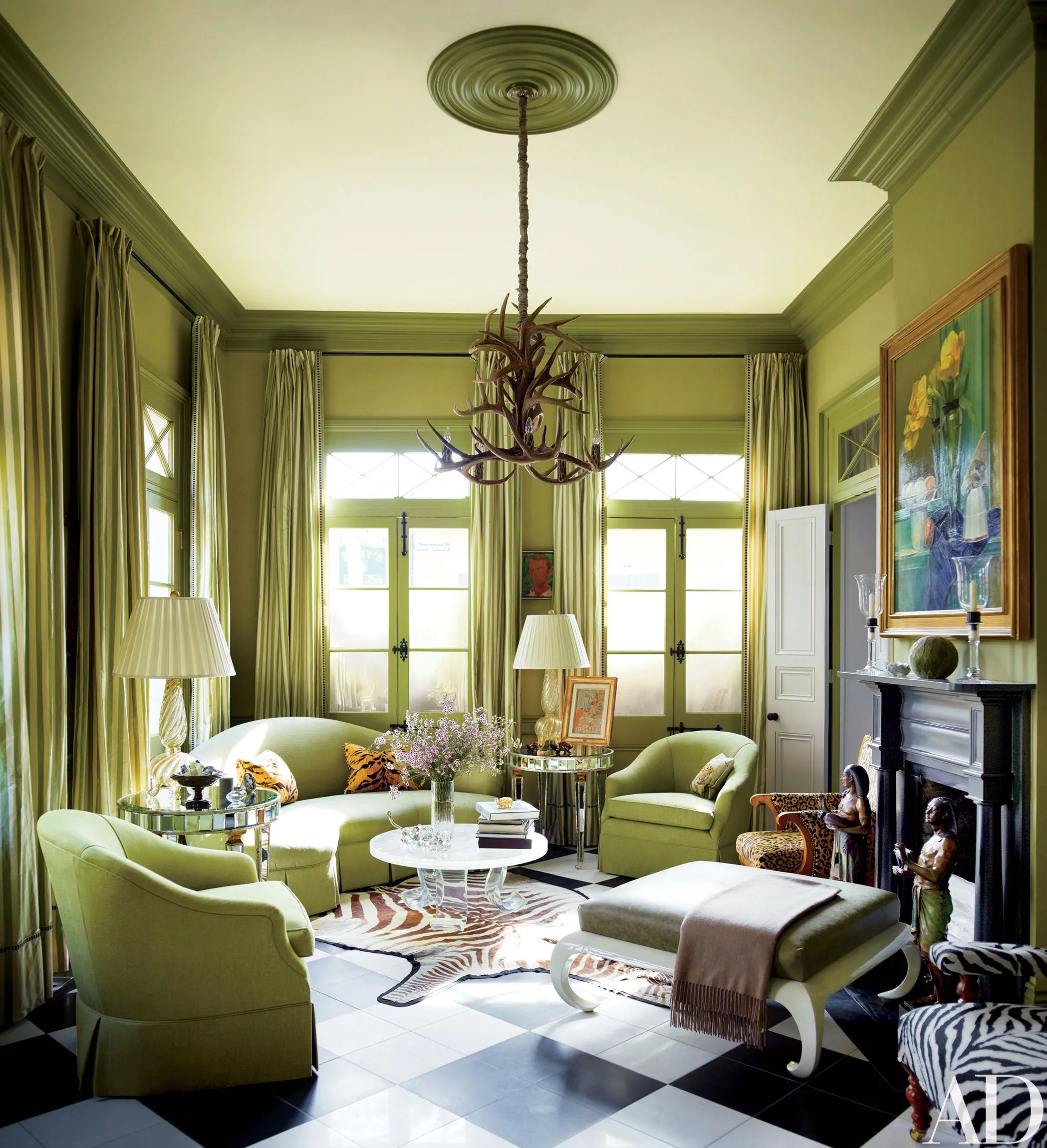 Peter Rogers Finds Solace in a Historic Creole Cottage in