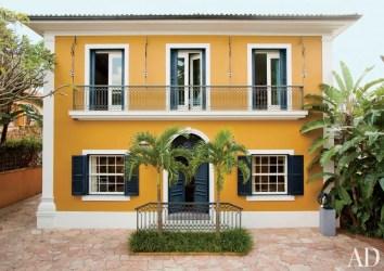 exterior casa amarela paint donata casas meirelles brazil vogue paulo fachada fachadas door nizan guanaes colors colonial cores sao pintura
