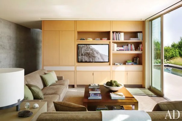Modern Living Room by Terry Hunziker Inc. and Lake | Flato Architects in Austin, Texas