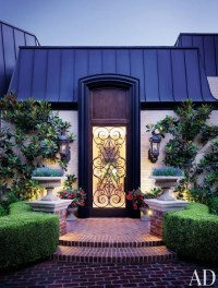 38 Unique, Beautiful Front Door Ideas for Your Home Photos ...