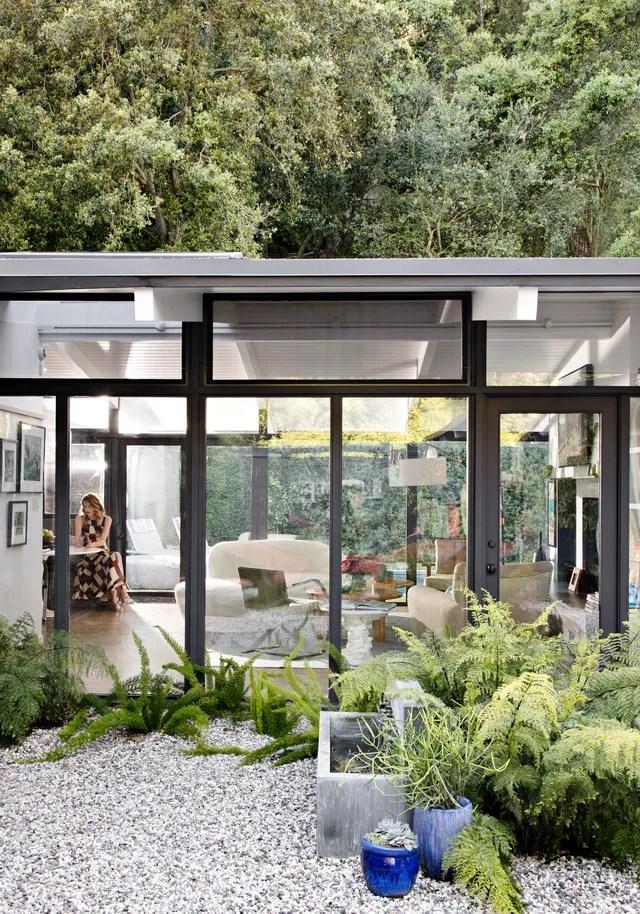 Laura Derns House in Los Angeles Is a Film Buffs Dream