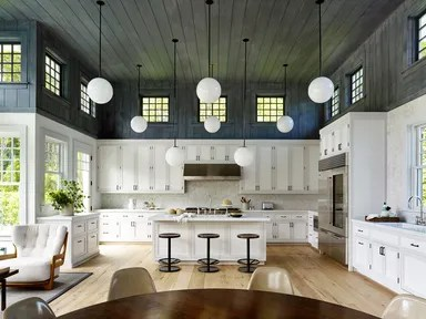 A Modern ShingleStyle Hamptons Home That Fits the Whole