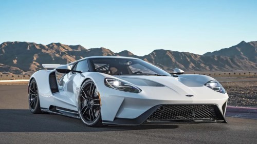 small resolution of the 2017 ford gt a 400000 supercar that can hit speeds of 216 m p h