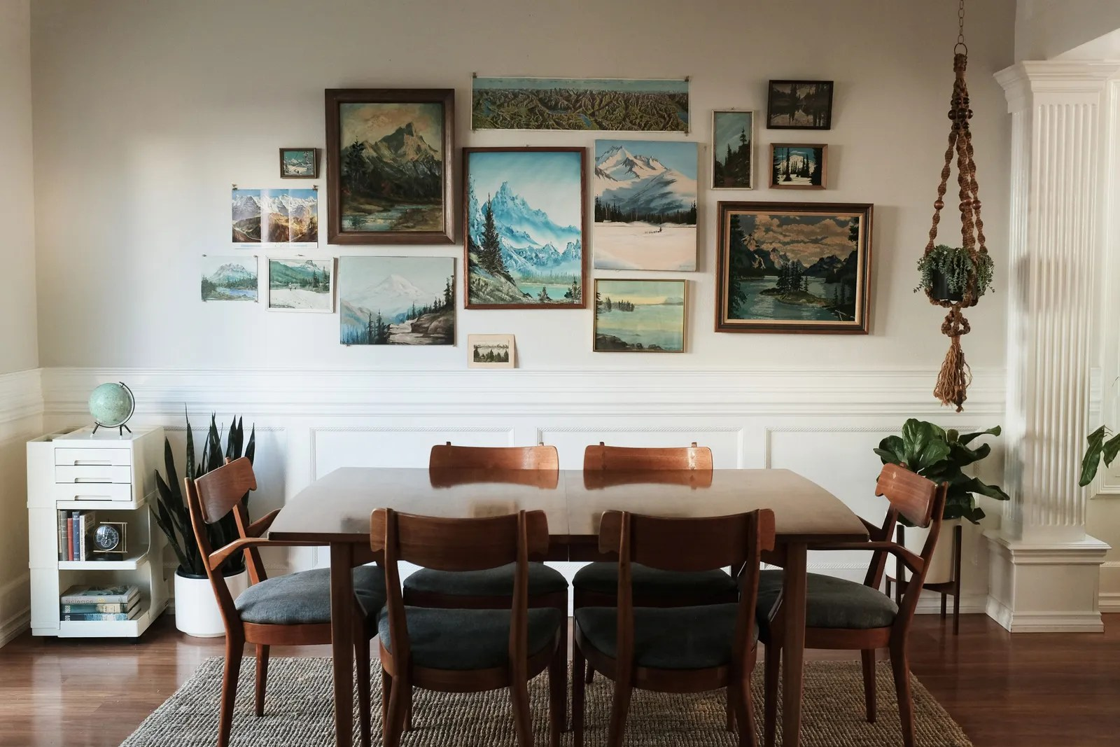 how to hang unframed
