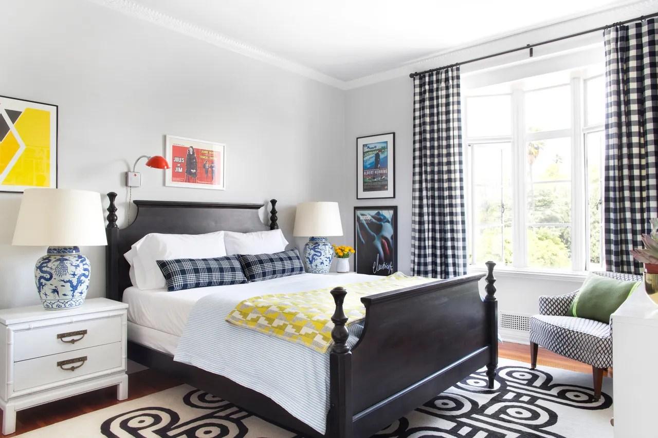 hight resolution of small bedroom