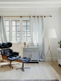 7 Ways to Decorate Your Tiny Living Room Corners