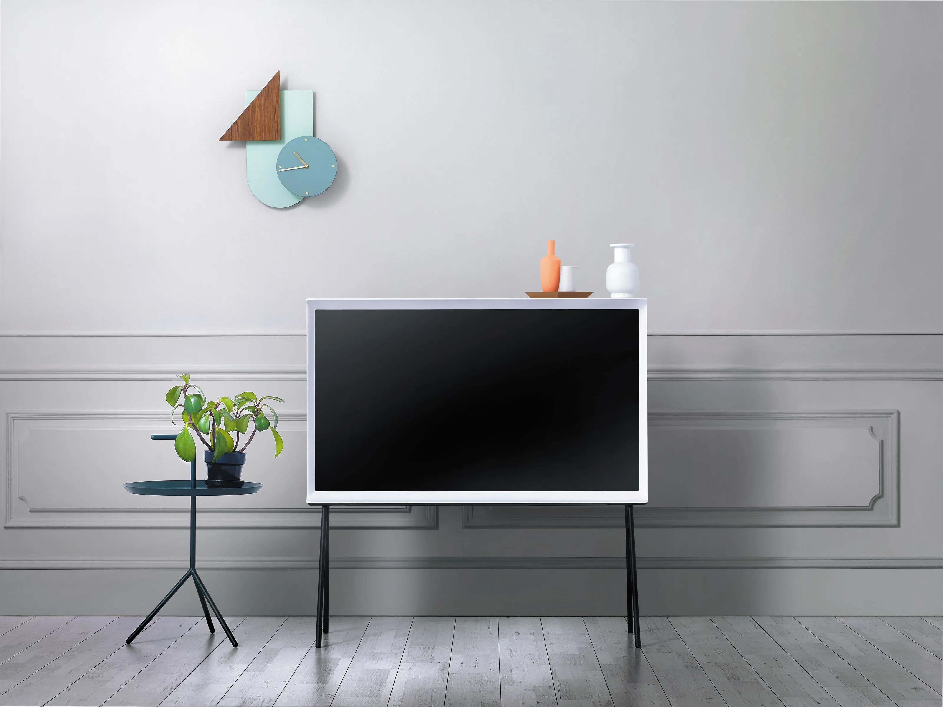 This Samsung TV Is UberChic and No Ones Talking About It