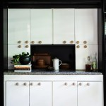 You Ll Never Look At Kitchen Cabinet Hardware The Same After Seeing This Kitchen Architectural Digest