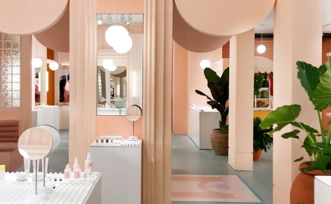 Glossier S Miami Pop Up Is An Ode To Art Deco