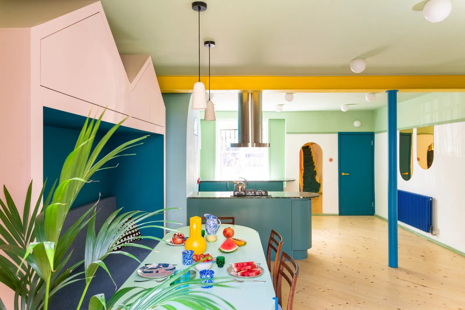 This London Remodel is all About the Kitchen Colors | Architectural Digest