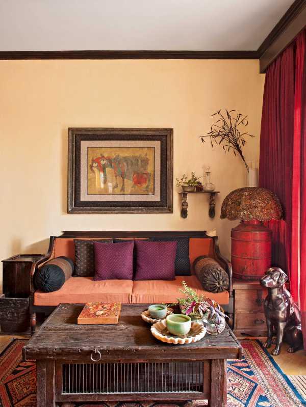 Sabyasachi Mukherjee' Home In Kolkata Ad India