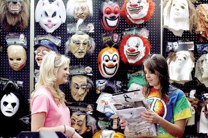 economy chilling halloween sales