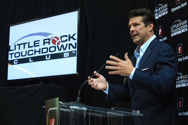 david-bazzel-president-of-the-little-rock-touchdown-club-announces-the-clubs-lineup-of-speakers-wednesday-in-the-lobby-of-the-simmons-tower-building-in-little-rock