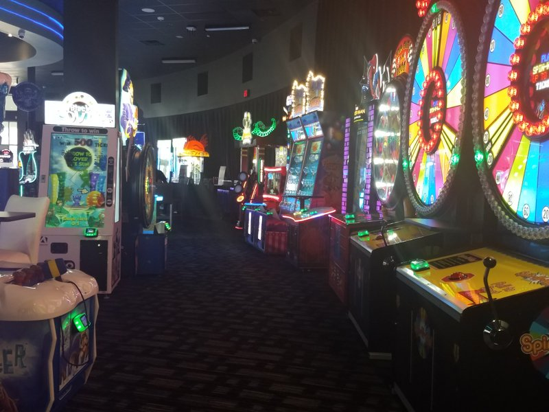 Rogers Dave And Buster S Opened Monday