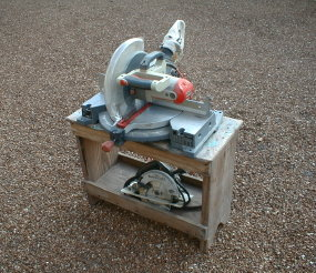 How To Use A Sawhorse With Circular Saw