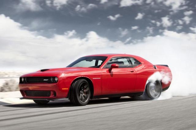 Dodge Charger en Challenger met Hemi V8 begrensd op 3 pk