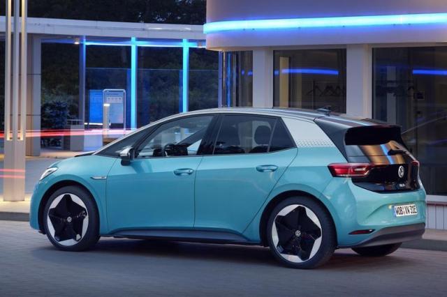 Volkswagens ID3 en ID4 krijgen over-the-air updates