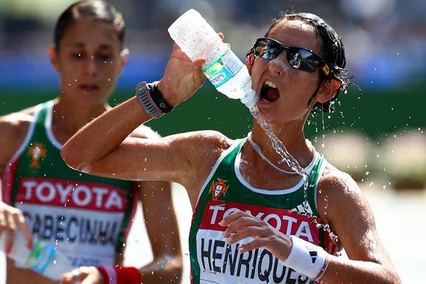 Ines Henriques R Of Portugal Uses Water To Cool Down In Front Of Ana