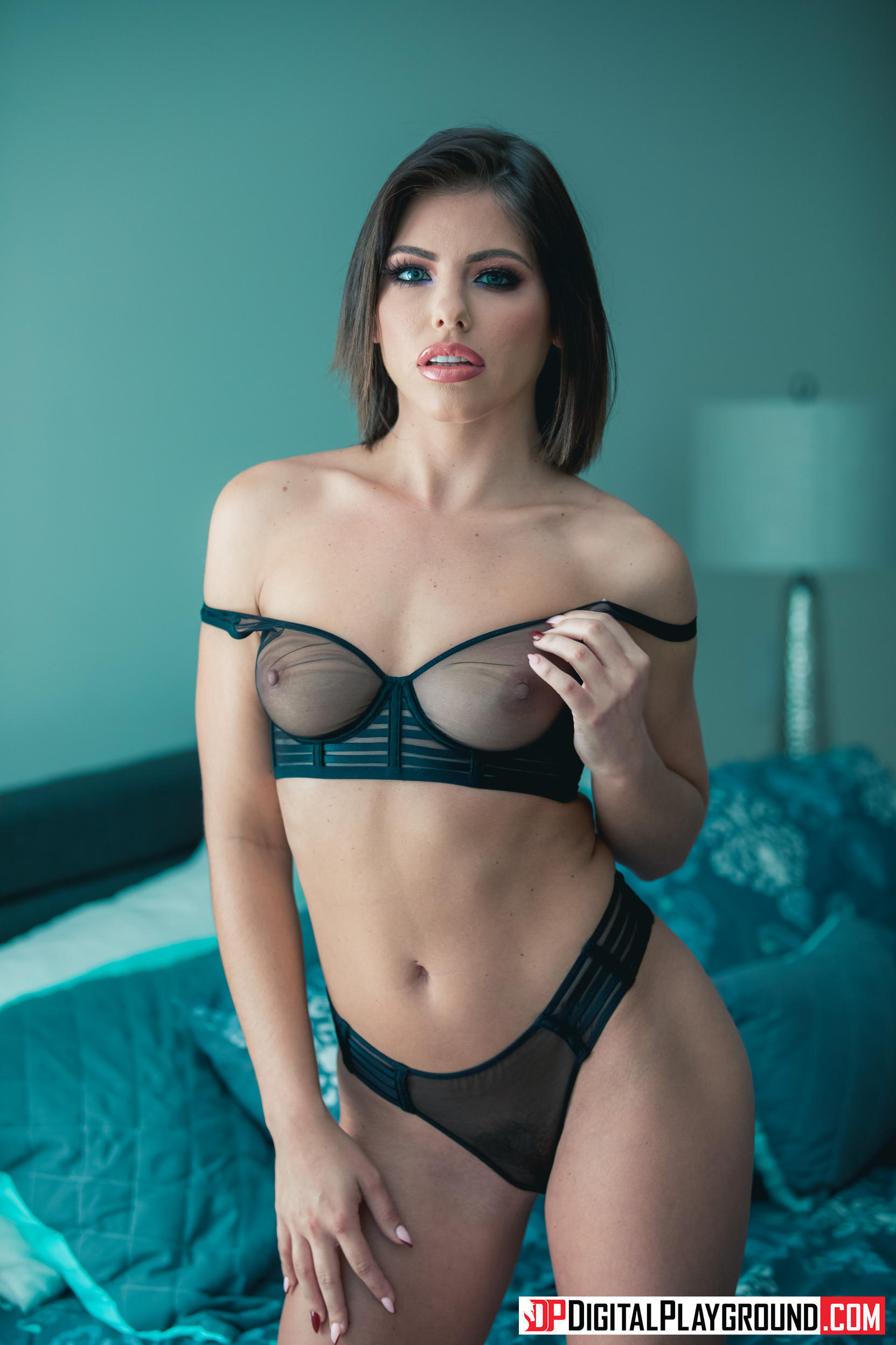 Adriana Chechik Emma Hix  A Cold Night In December
