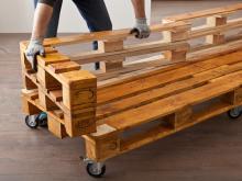 sofa selber bauen europaletten leather wood frame bequemes aus paletten bauhaus ratgeber arm und rueckenlehnen zuschneiden