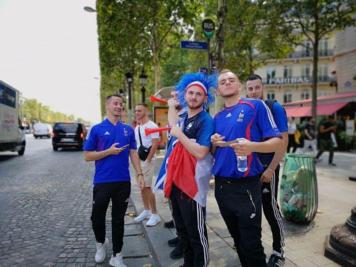 法國直撃世界杯決賽—巴黎人為足球而瘋狂   博客文章