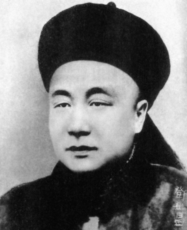 鄧世昌殉國細節說法多 建構完美英雄形象   歷史長河   巴士的報