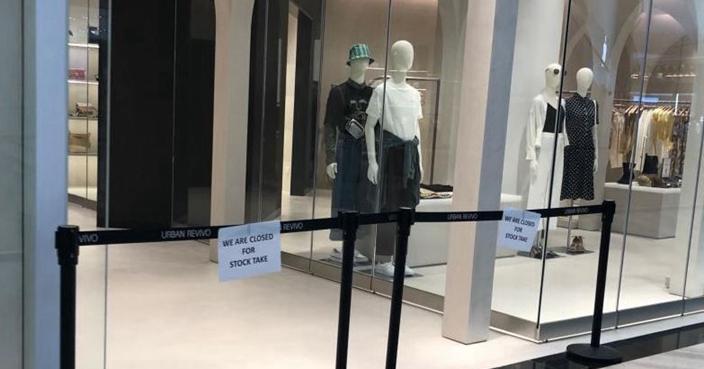 新加坡樟宜機場服裝店 歲半女童遭全身鏡砸死 | 兩岸 | 巴士的報