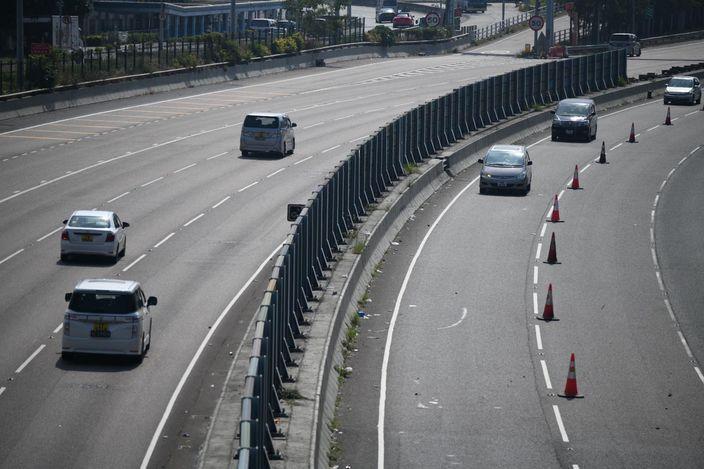 吐露港公路中午重開 行車限時速50公里 | 香港事