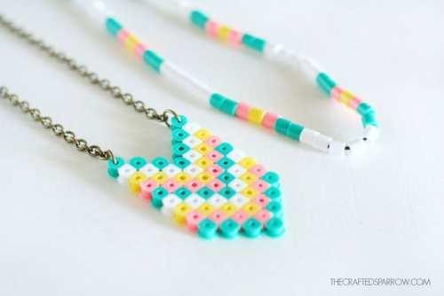 pärlor, pärlplatta, pyssel, pysseltips, mönster, smycken, halsband, pärlhalsband