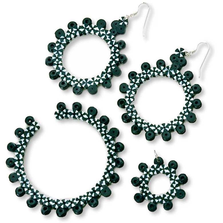 pyssel, pyssla, pysseltips, pysselidé, skapa, smycken, göra smycken, pärla, pärlor, rörpärlor, HAMA, pärlplatta, pärlplattor, mönster, pärlplattemönster, armband, örhängen, halsband, hänge, smyckesset