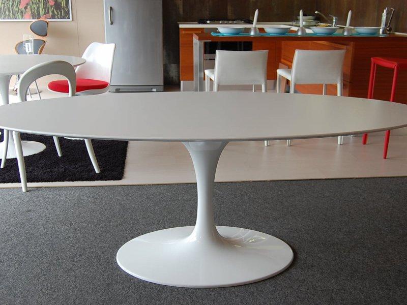 Saarinen Tulip Table  Bauhaus Italy