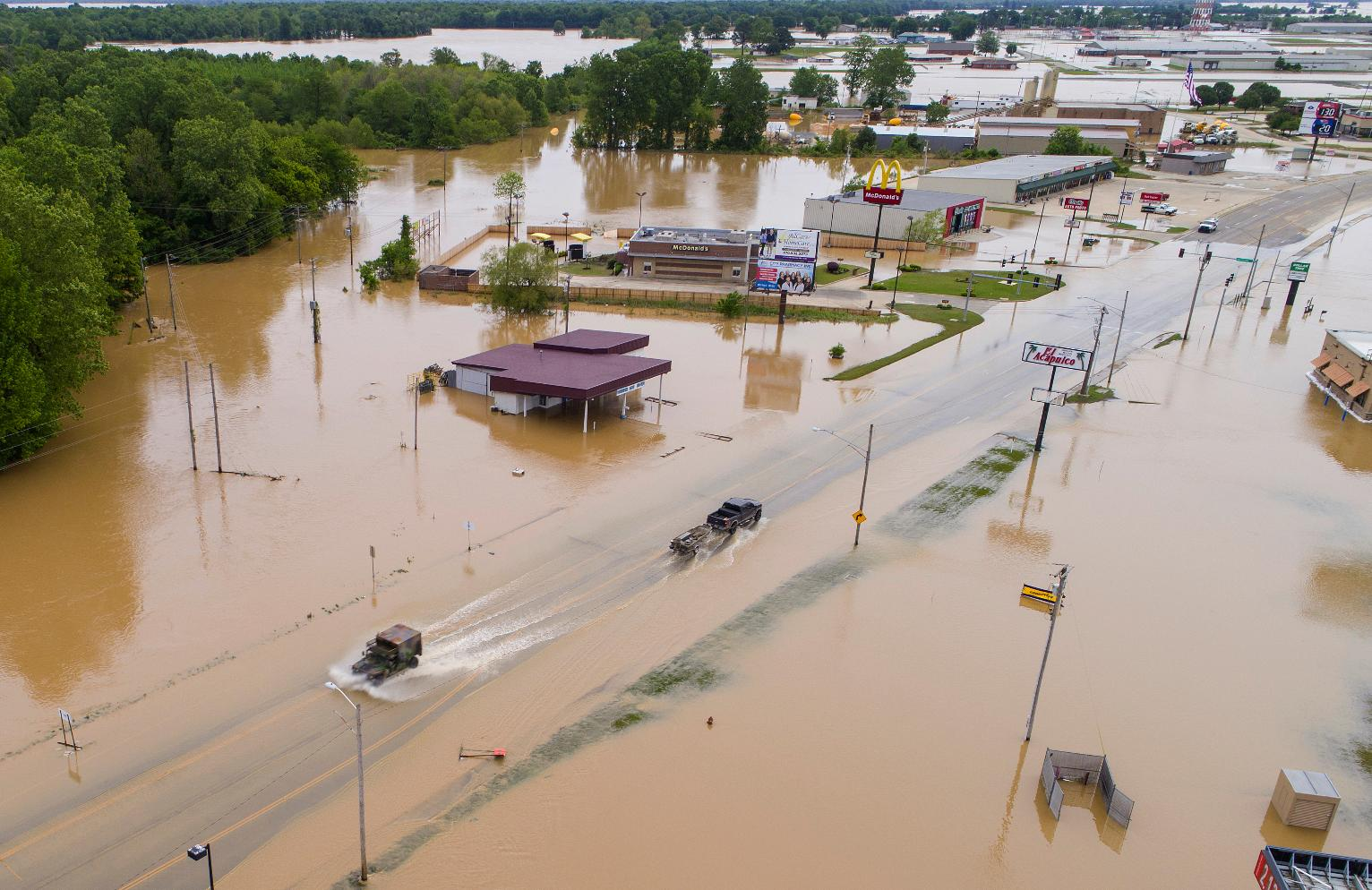 The Latest Receding Flood Allows I 44 To Reopen