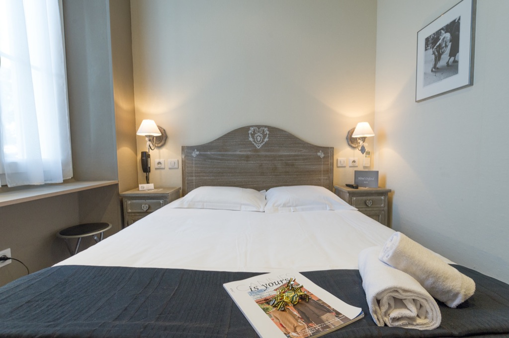 Shooting photos immobilier d'hôtel - chambre hôtel à Cannes