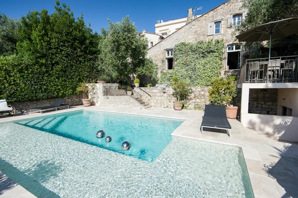 Shooting photos immobilier de villa / maison - piscine