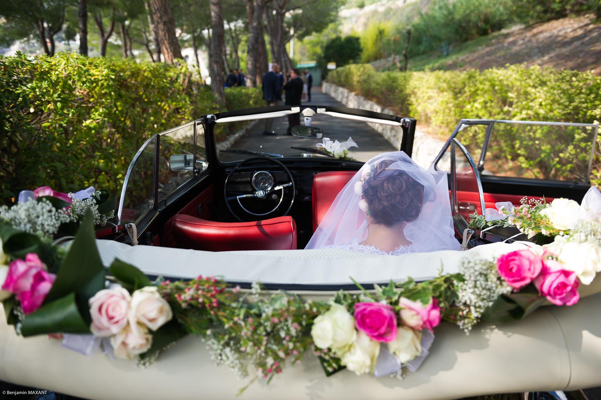 Arrivée de la mariée à la cérémonie religieuse à Vintimille