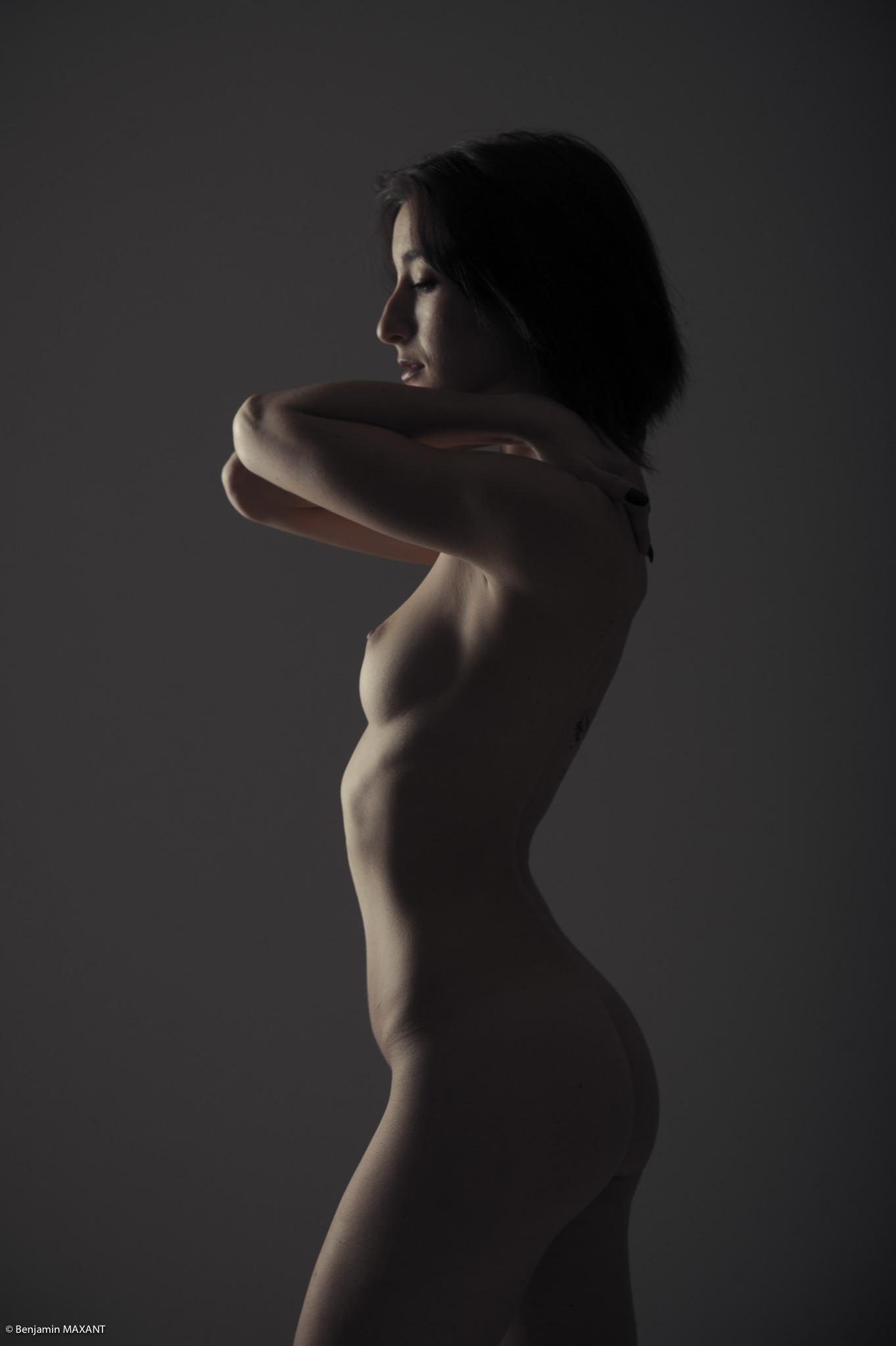Séance photo lingerie nu en studio avec Orlane - nu en douceur