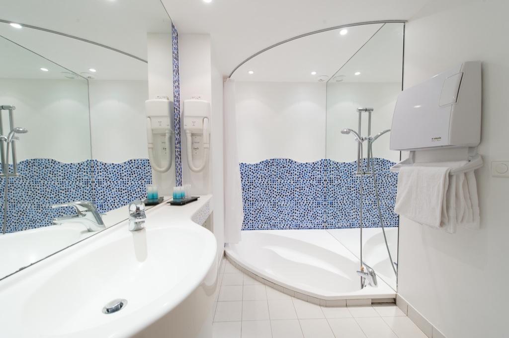 Shooting photos immobilier d'hôtel - salle de bain