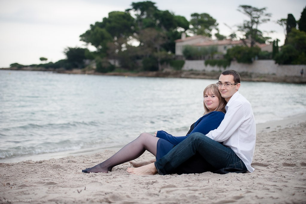 Couple engagement photo shoot in Antibes