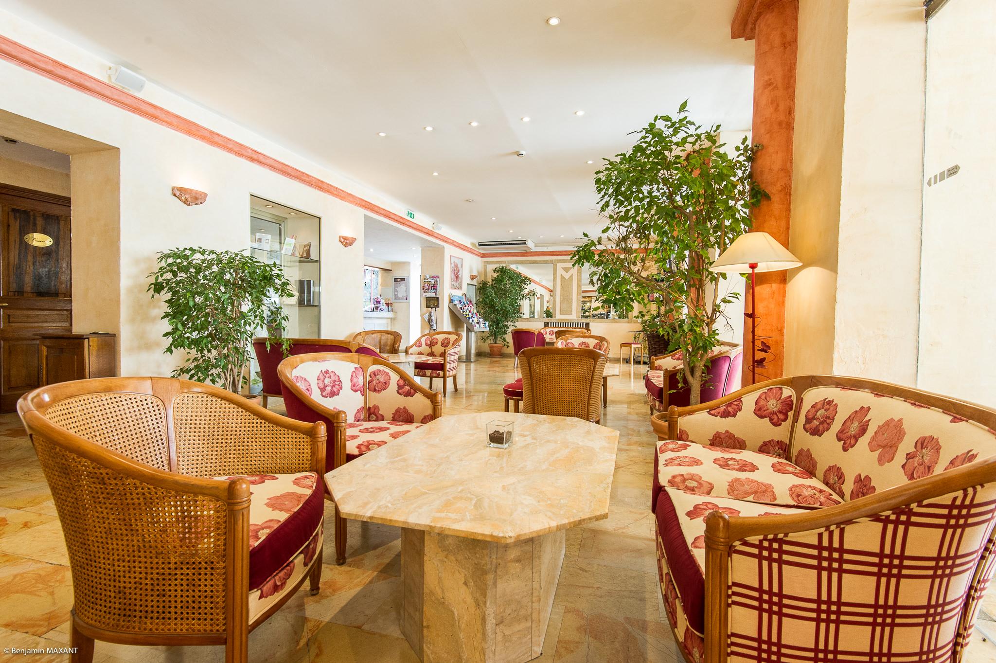 Reportage photo immobilier - Hotel Les orangers à Cannes - salon