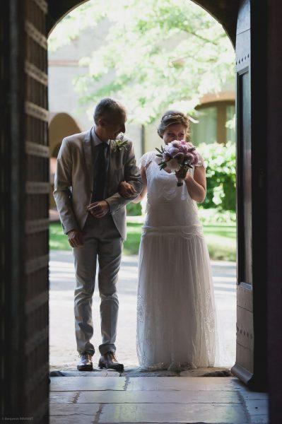 L'attente de  la mariée avec son papa