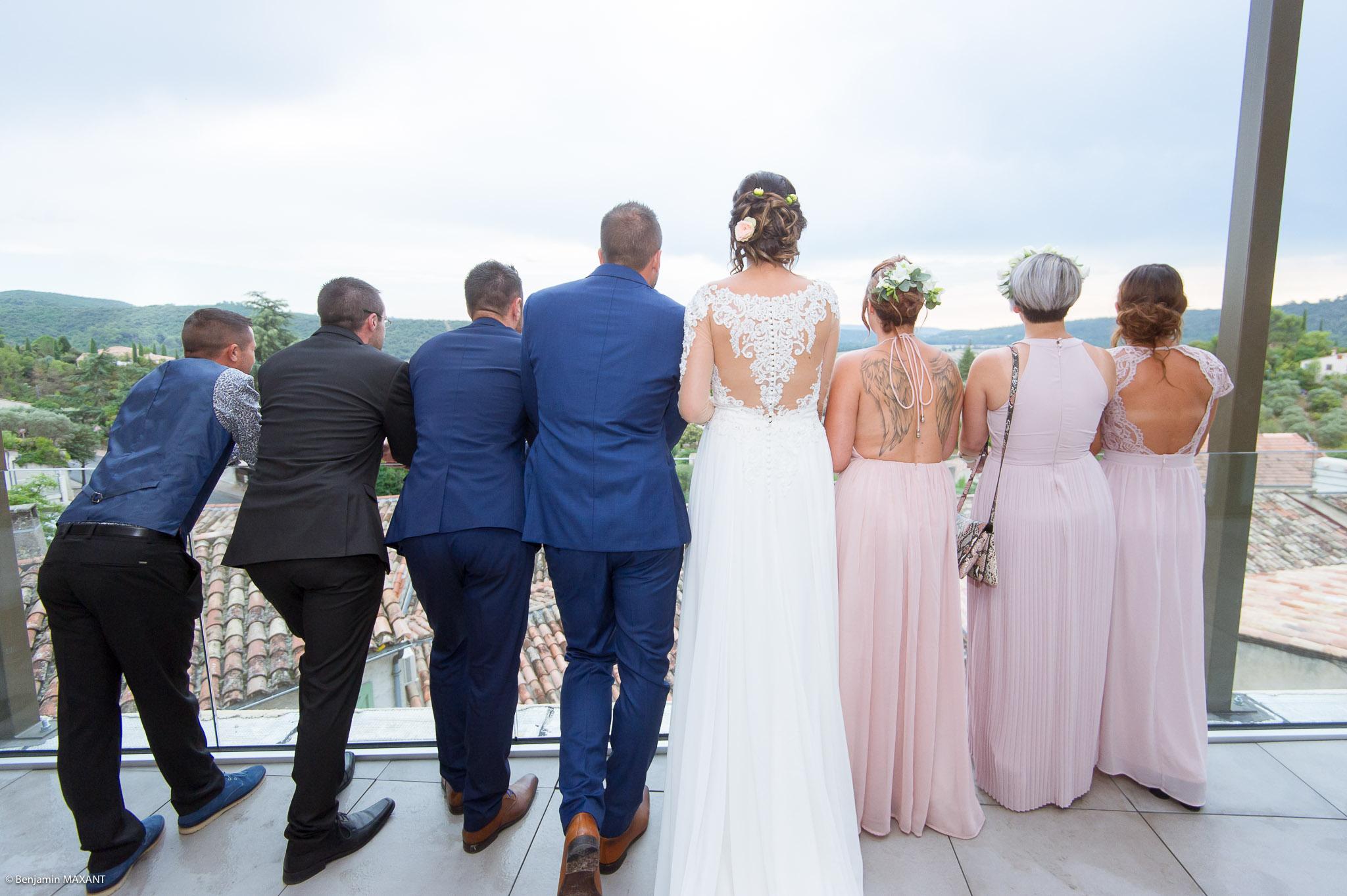 Photos des mariés et des témoins à la mairie de Gréoux les Bains