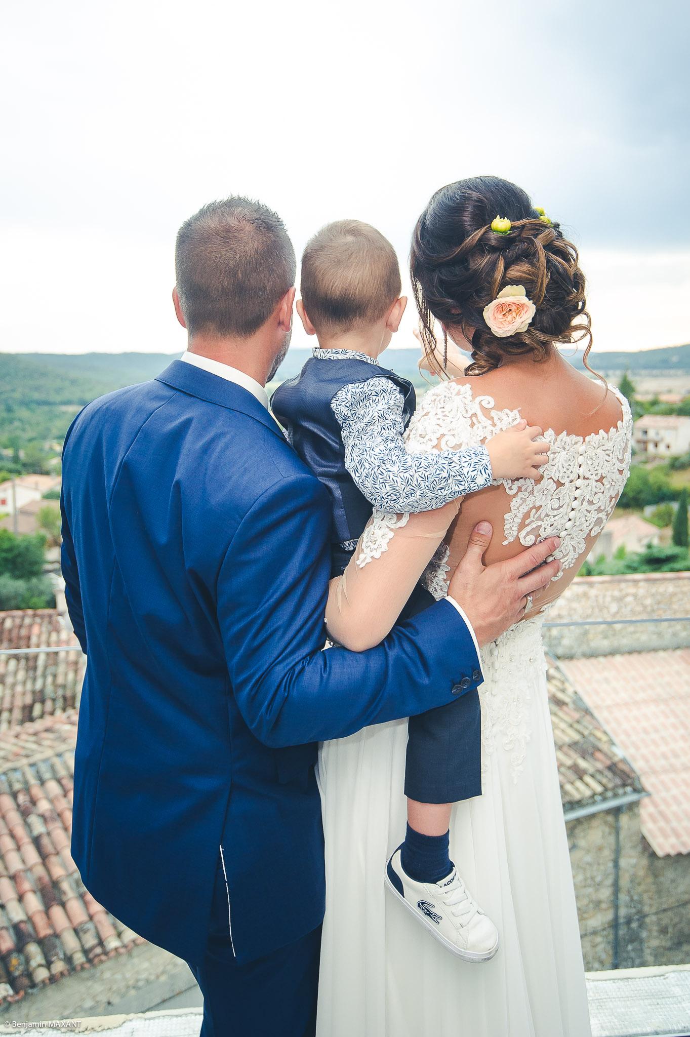 Photos des mariés à la mairie de Gréoux les Bains