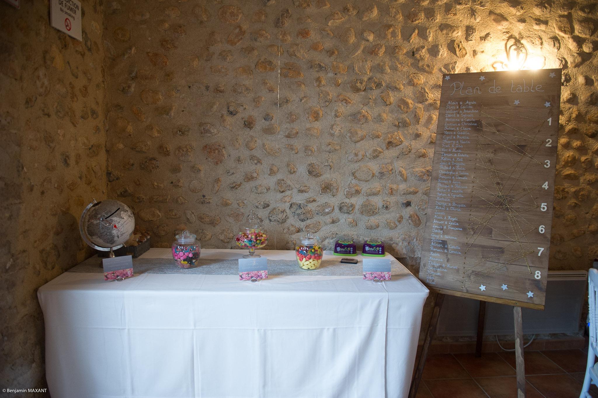 Photos de la décoration et des tables des mariés au Grand Logisson à Brunet