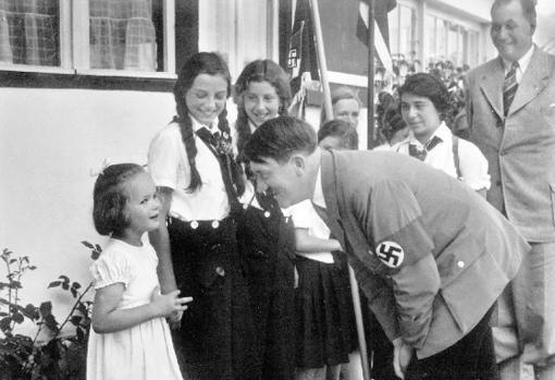 Hitler y la pequeña Rosa   ABC
