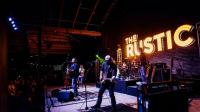 Pat Green's restaurant The Rustic opens in downtown ...